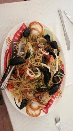 ristorante Oltremare: linguine ai frutti di mare