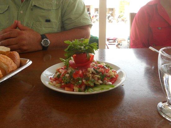 Hideaway Hotel : Dining
