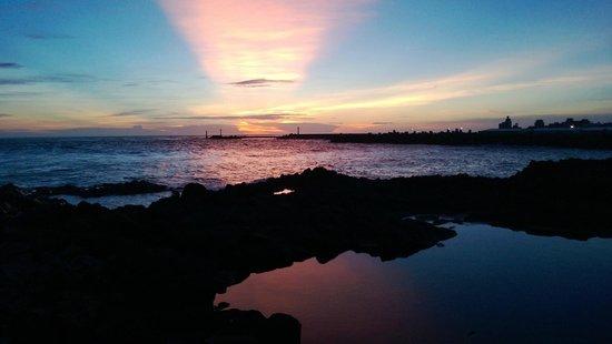 Cimeiyu: Gorgeous sunset at the seashore