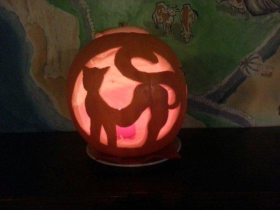 BOMBER BAR: Halloween!