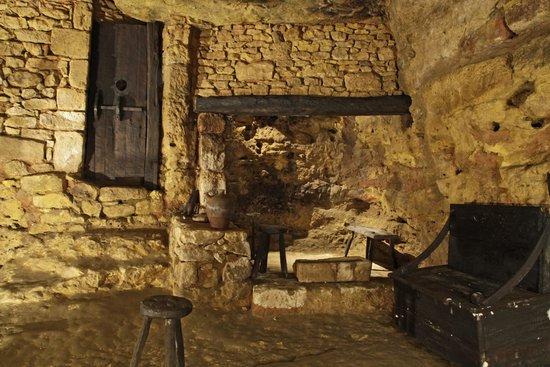 L'un des modes de chauffage dans les habitations troglodytiques de Belvès