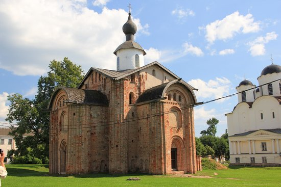 Paraskeva Church at the Marketplace
