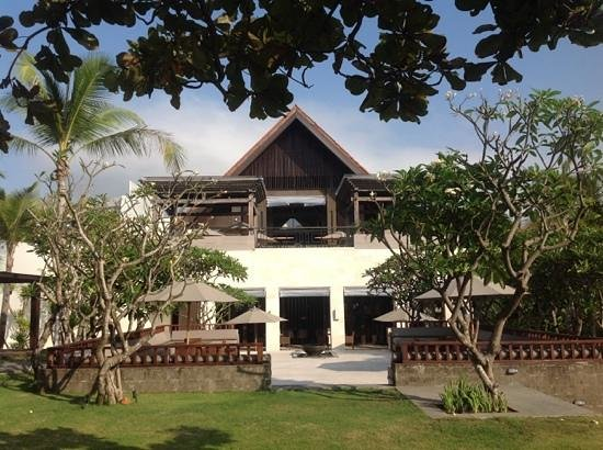 Fairmont Sanur Beach Bali: Regent Bali terrace and yoga area