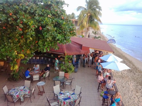 Villa Cofresi Hotel: Barra para un Coco Pirata.... MMMMMMMM