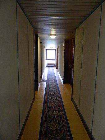 Hotel Palme & Suite: Couloir de l'hotel.