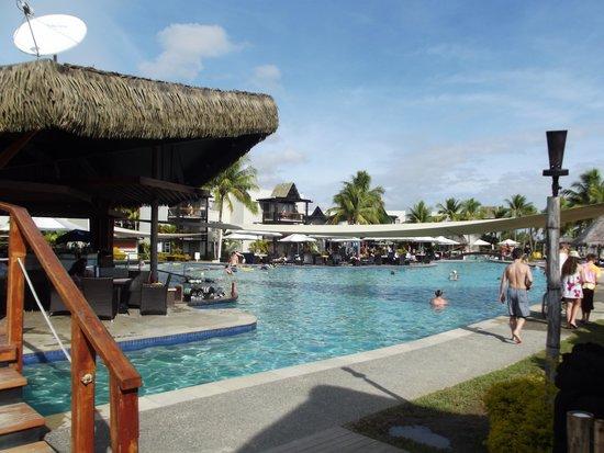 Wyndham Resort Denarau Island: Pool Bar