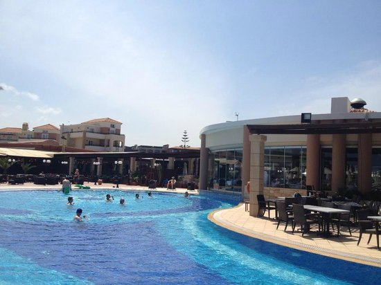 Family Life Caldera Beach by Atlantica: The pool