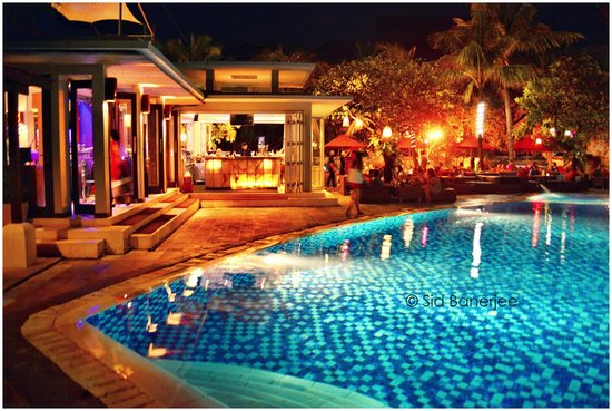 Kuta Seaview Boutique Resort & Spa: Bar and Restaurant