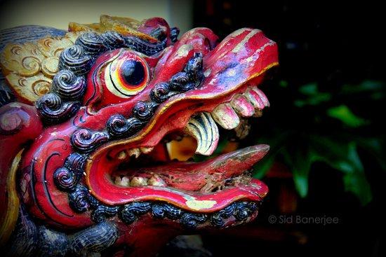 Kuta Seaview Boutique Resort & Spa : Traditional Artwork