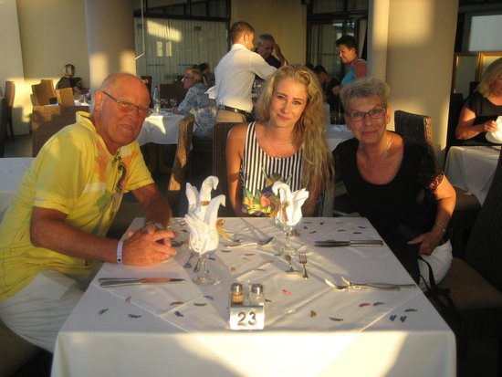 Kipriotis Panorama Hotel & Suites: Her med et af vores børnebørn