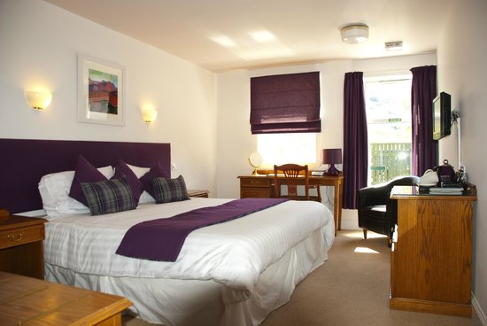 Achray House Hotel & Lodges: Mountain View Double / Twin