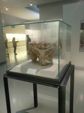 Museum of Prehistoric Thera : museo archelogico di Fira