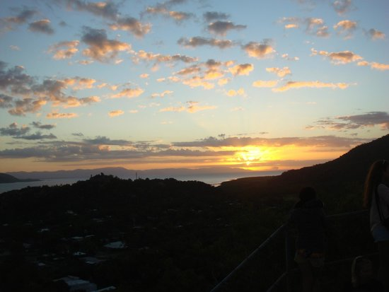 Base Backpackers Magnetic Island: View from the Sunset Hike hosted by Base staff