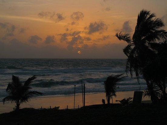 Karon Beach: another sunset in Karon