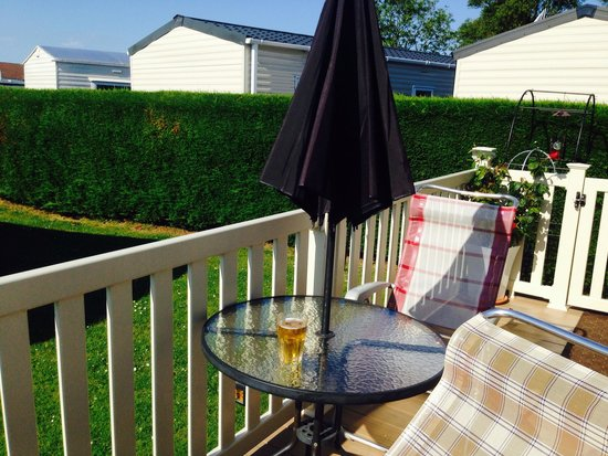 Sunnydale Holiday Park - Park Resorts: Lovely sat on decking with a glass of wine