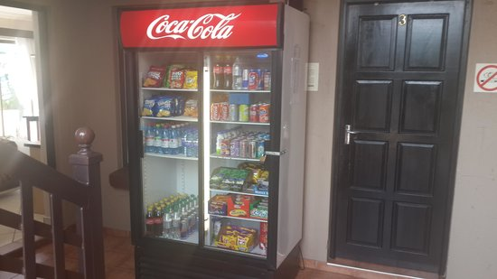 Tuck shop available 24 hours - Picture of Seagull Lodge, Richards