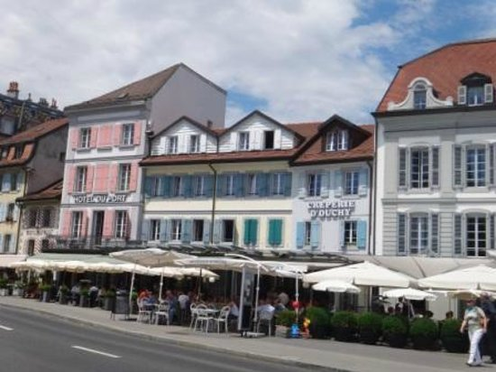 Hotel du Port : Вид отеля.