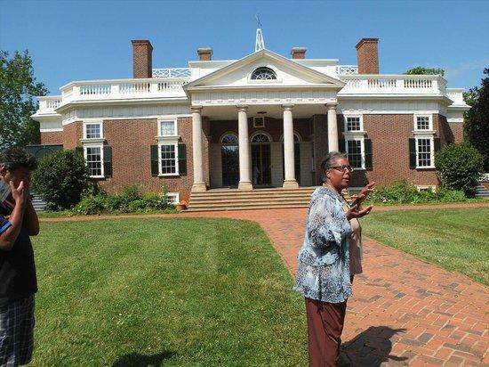 Thomas Jefferson's Monticello: 邸宅とガイドさん