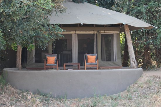 Tena Tena Camp: Our tent