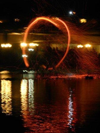 Sealight Resort Hotel: spectacle de feu
