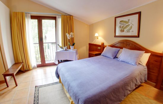 Hotel Montane: Double Bed
