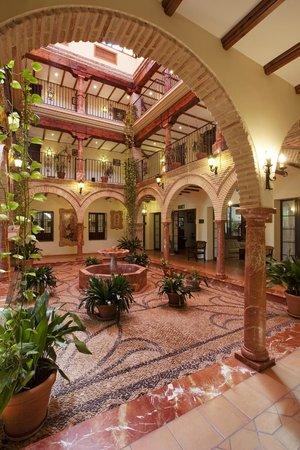 Hotel Finca Eslava : Patio