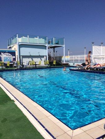 Athens Poseidon Hotel: Roof top pool