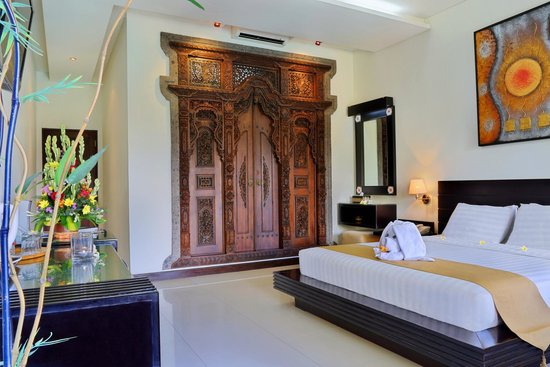 Satriya Cottages: Deluxe Room
