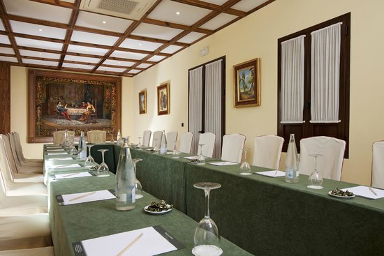Hotel Finca Eslava: Salón El Cortijo