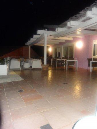 Hotel Luna Lughente : terrasse soir