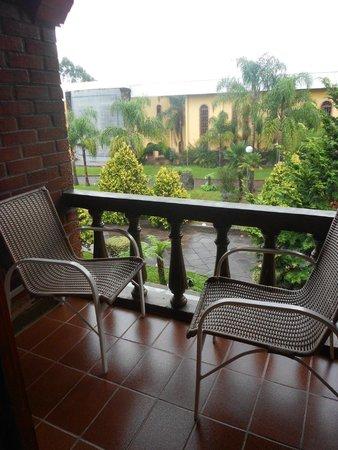 Casa Valduga Villas : vista da varanda da Pousada Raízes