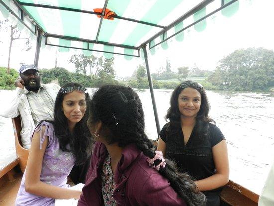 Ooty Lake: Puji and chinna