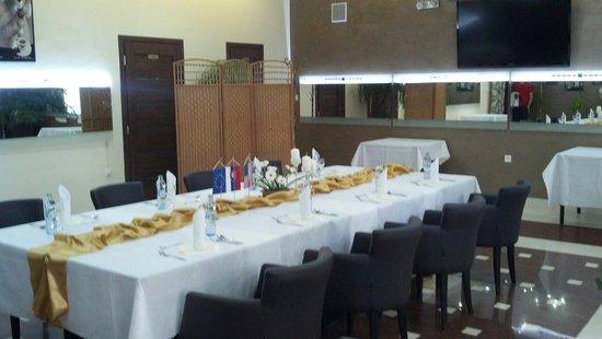 Maña Restaurant: dining room