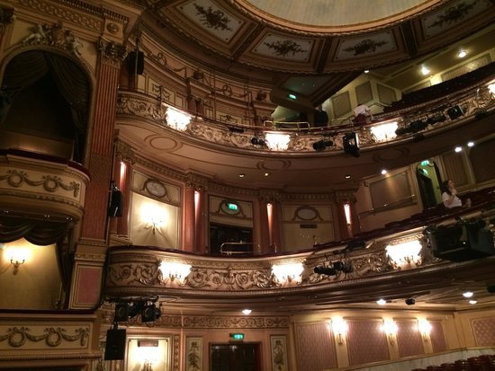 Gielgud Theater: Inside theatre