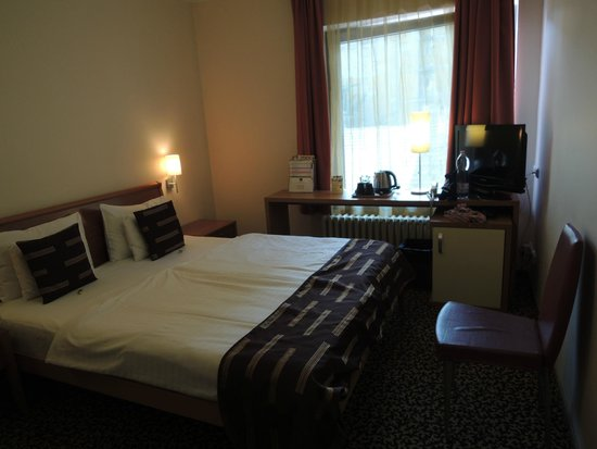 BEST WESTERN PLUS Hotel Ambra: Stanza matrimoniale