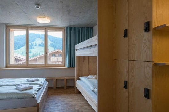 写真Gstaad Saanenland Youth Hostel枚