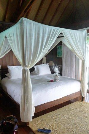 Conrad Bora Bora Nui : Bungalow bed 2