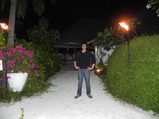 Four Seasons Resort Maldives at Kuda Huraa: At the resort island