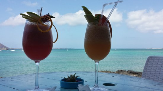 Agua Tiki Bar: Al tramonto