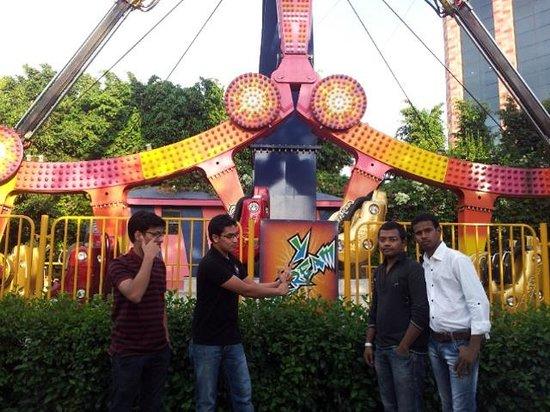 Wonderla Amusement Park: one of the tummy twisting ride :p