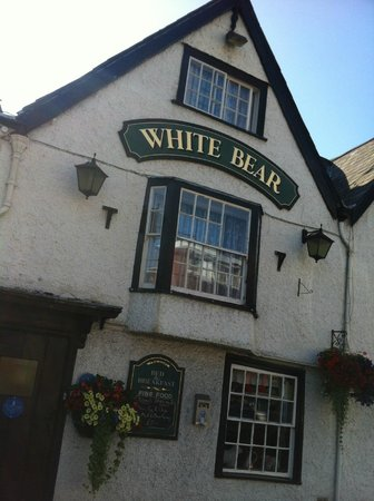 The White Bear: Outside view