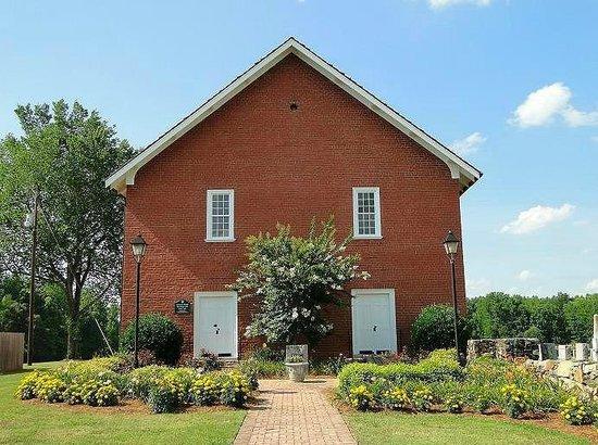 Whitsett, Северная Каролина: church