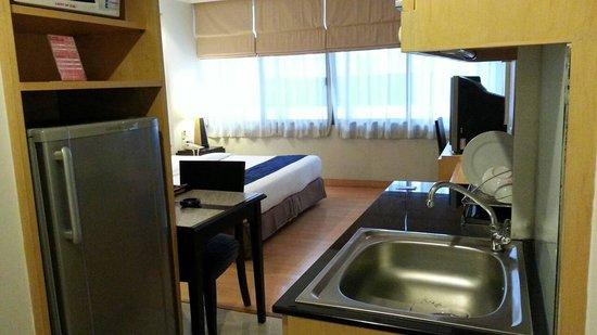 The Key Bangkok Hotel: 部屋に入って直ぐ