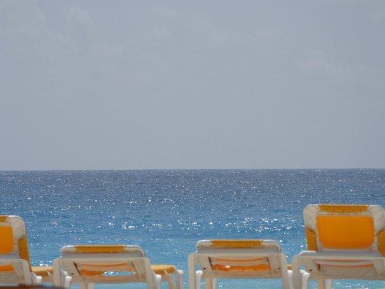 Iberostar Cancun: vista de la playa