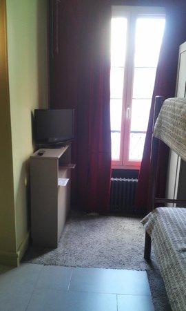 Hotel Le Blason : chambre triple basique