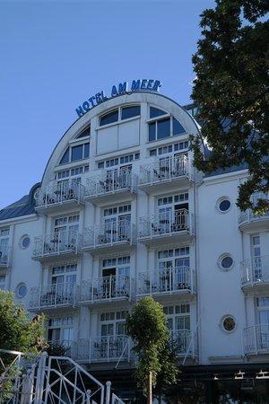 Hotel vom strand her gesehen bild fr n hotel am meer for Boutique hotel am meer