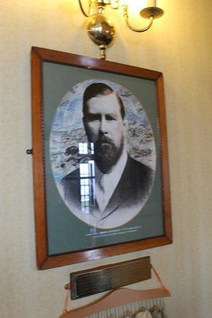 Whitby Dracula Society Walk : Stoker portrait in the Royal Hotel