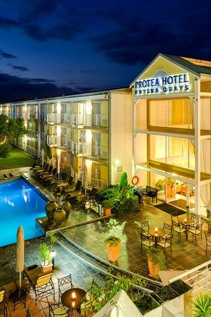 Protea Hotel Knysna Quays: Hotel Heated Swimming Pool