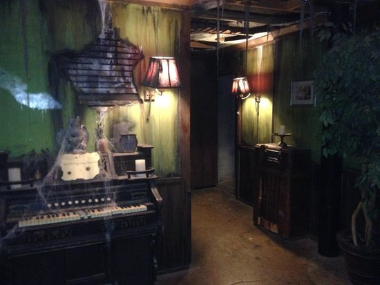 Great room escape cabin - Review of Great Room Escape, San Antonio ...