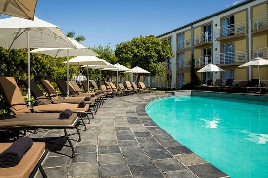 Protea Hotel Knysna Quays: Heated Pool